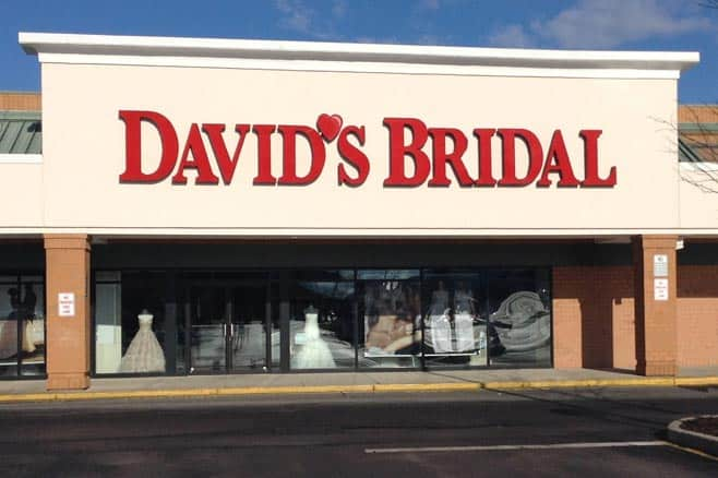 return policy at David's Bridal store
